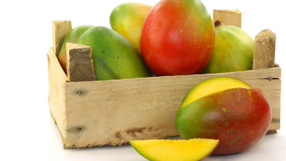 1 Mango (circa 250 Gramm) liefert immerhin 2,6 Milligramm Vitamin E