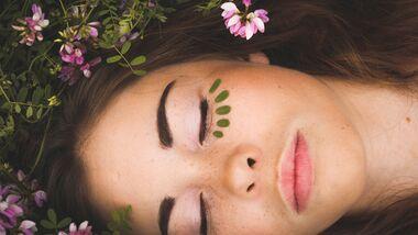 5 Gründe, auf Naturkosmetik umzusteigen