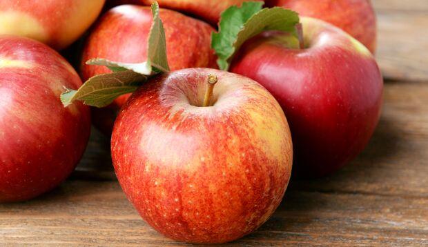 Äpfel gehören zu den Lebensmitteln, die sich positiv auf die Durchblutung der Vagina auswirken.