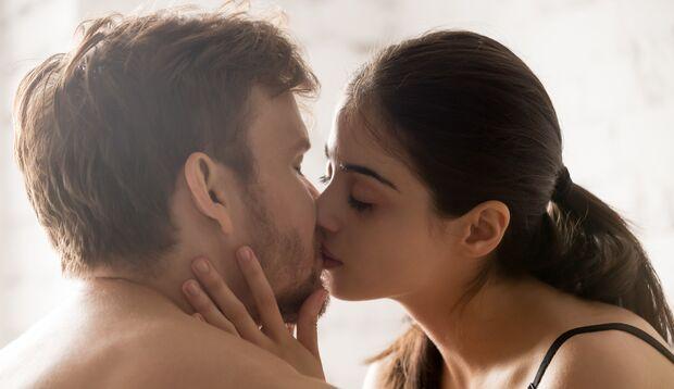 Auch für ihn ist beim Oralsex Nähe und Zärtlichkeit wichtig
