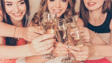 Bei Frauen können schon geringe Mengen Alkohol die Gesundheit gefährden
