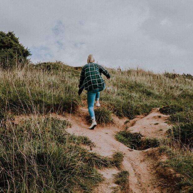 Bei einem Spaziergang läufst du dem Stress einfach davon
