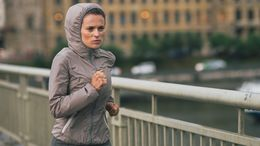 Beim Laufen gibt es kein schlechtes Wetter, nur falsche Kleidung.