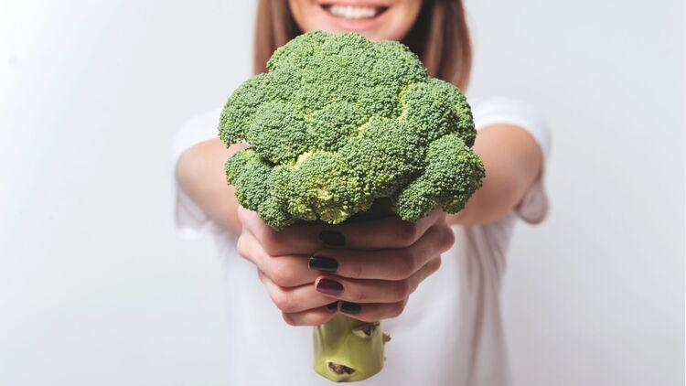 Wie man Brokkoli für eine Diät zubereitet