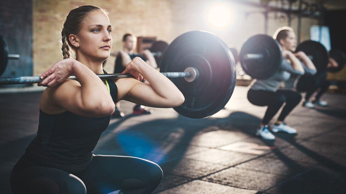 Schlanke Kraft für einen Monat im Fitnessstudio