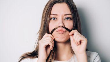 Damenbart entfernen: so läuft's glatt
