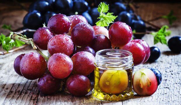 Das Traubenkernextrakt OPC soll jung, schön und gesund machen.
