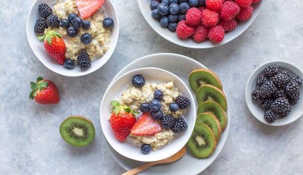 Das klassische Haferflocken-Rezept ist das Porridge