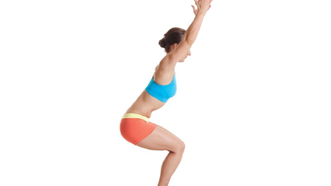 Den Körper entgiften beim Yoga: Stuhl