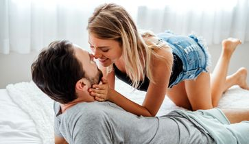 Frau Orgasmus beim Sex