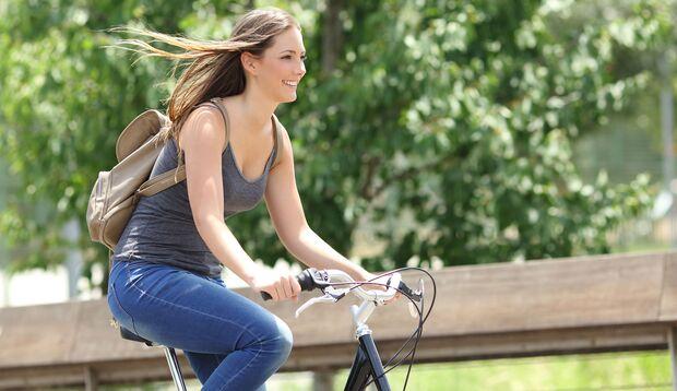 Ein aktiver Alltag und moderater Ausdauersport beugen einem Herzinfarkt vor