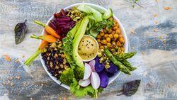 Eine Buddha-Bowl liefert dir viel gesunde Energie