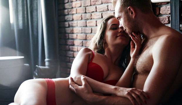 Ene Hodenmassage sogt für neue Reize in eurem Sex-Leben