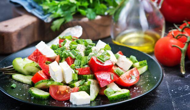 Feta im Salat ist lecker, achten Sie nur auf die Menge