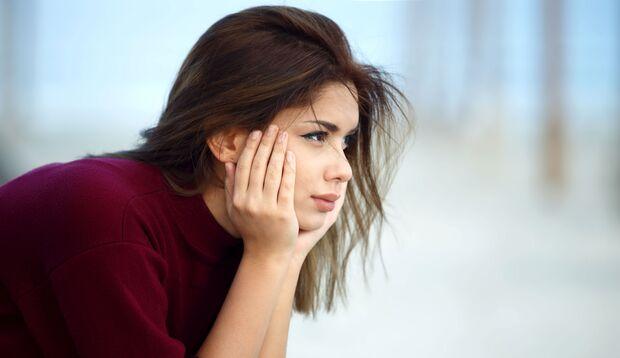 Gerade Frauen sind häufig von Symptomen der Stoffwechselstörung HPU  wie Erschöpfung und Angststörungen betroffen