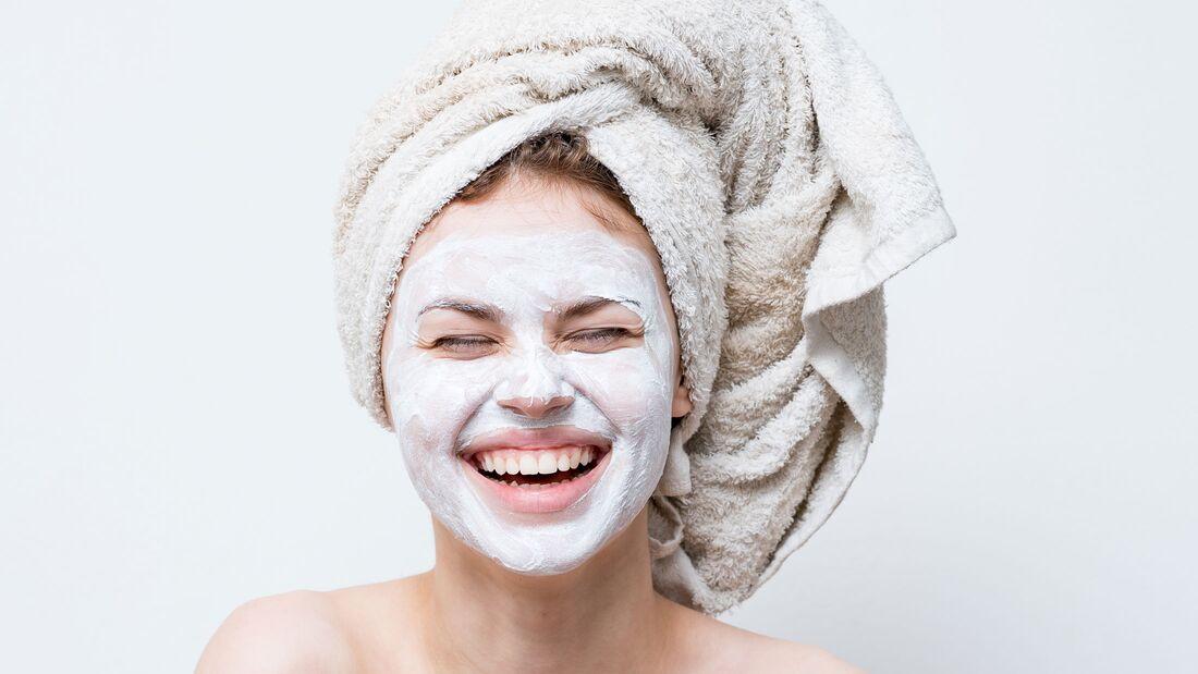 Gesichtsmasken versorgen deine Haut mit Feuchtigkeit
