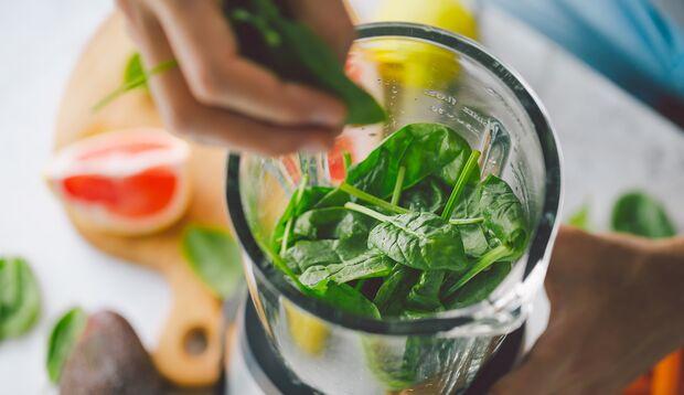 Grüne Smoothies sind perfekt zum Detoxen