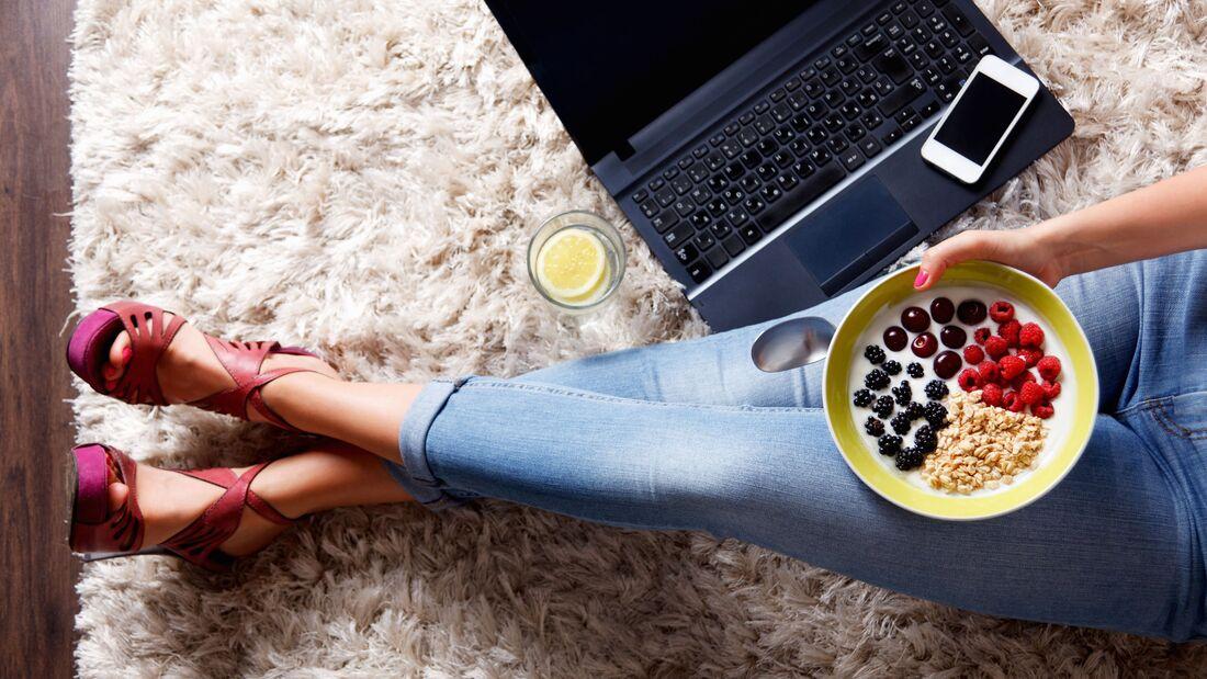 Schüttelt auf nüchternen Magen, um Gewicht zu verlieren