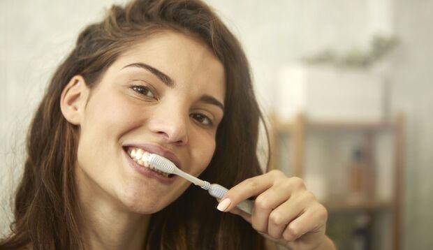 Hilft Whitening-Zahnpasta?