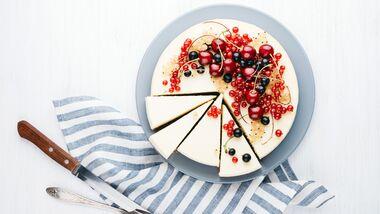 Käsekuchen mit Johannisbeeren – lecker und gesund