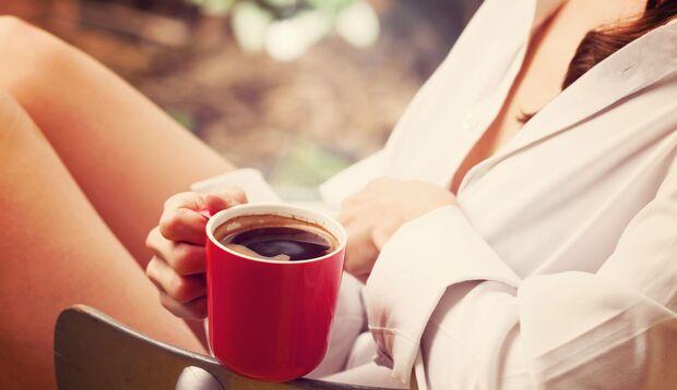 Kaffee kann Schmerzen in der Brust hervorrufen