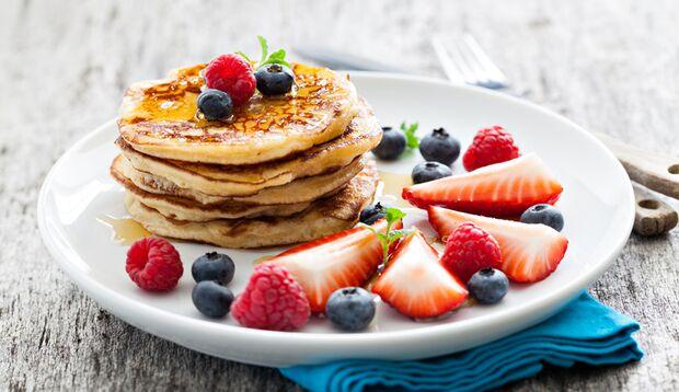 Kalorienarme Bananen-Ei-Pancakes
