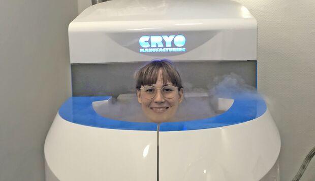 Karoline bei der Kryotherapie