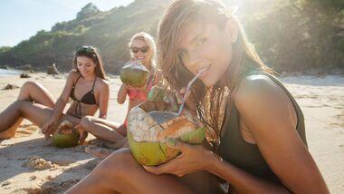 Kokoswasser schmeckt nach Urlaub