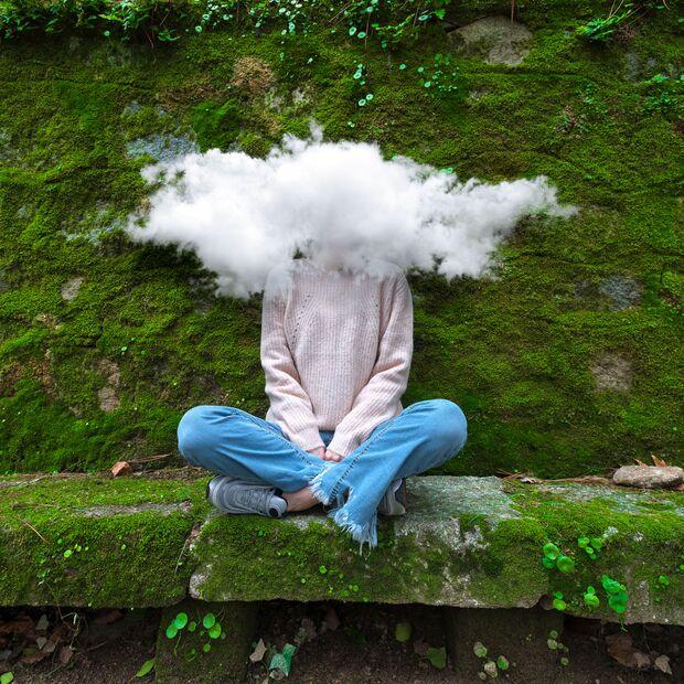 Kopf in den Wolken? Introvertierte behalten einige Gedanken gern für sich