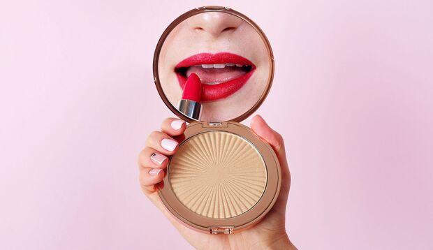Lippenstifte halten nicht ewig – Puder hingegen schon