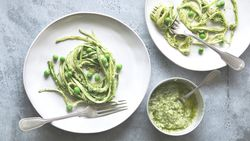 Low Carb, Raw, Paleo: Gemüsepasta ist vielseitig UND lecker