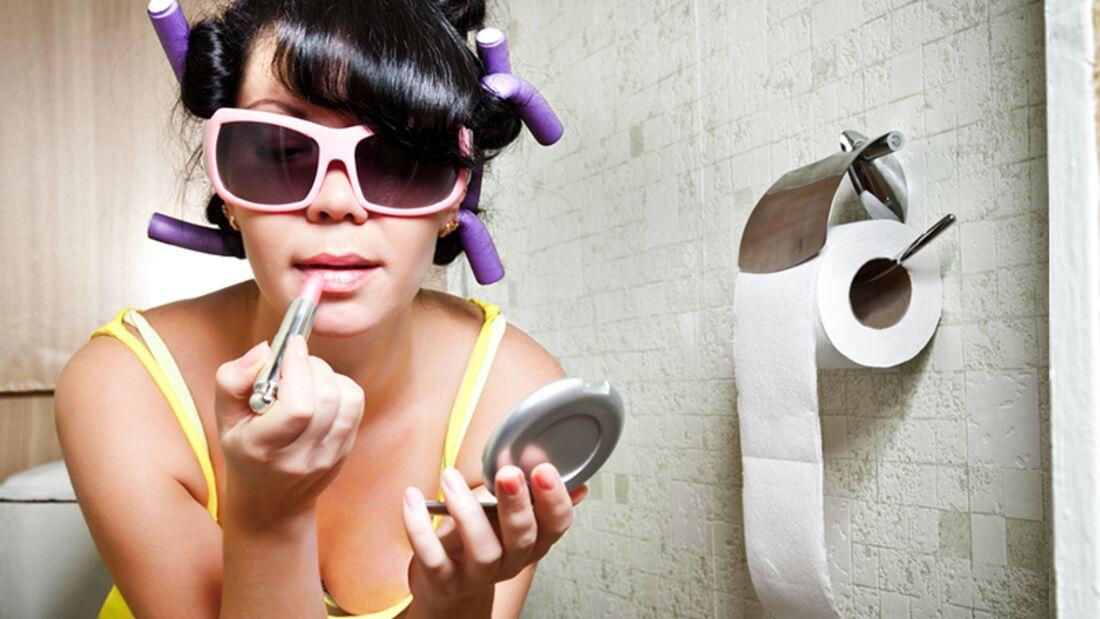Männer verstehen: Das Bad mit Krimskrams vollstellen