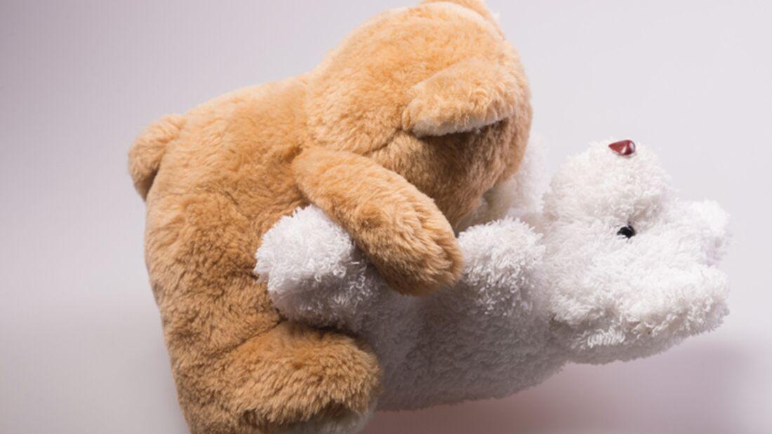 Männer verstehen: Kuscheltiere im Bett