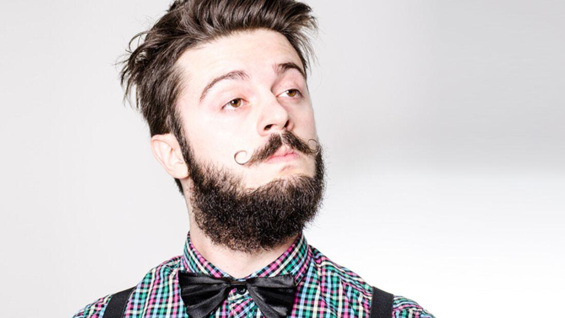 Männer verstehen: Meckern, dass sein Bart kratzt