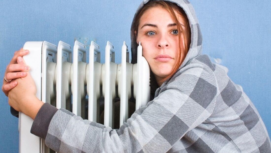 Männer verstehen: Sich zu dünn anziehen und anschließend über die Kälte jammern