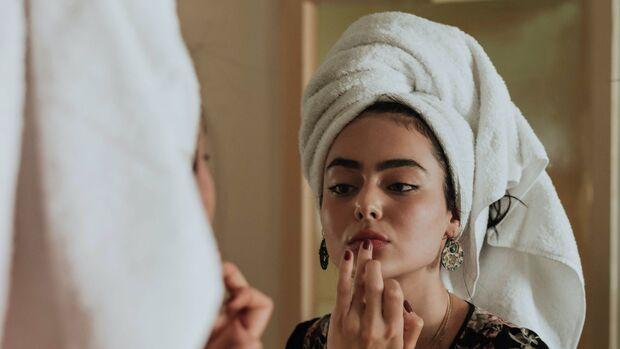 Natürliche Lippenpflege hilft besonders gut