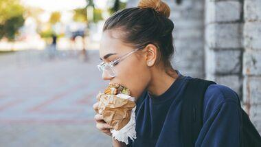 Nervt es Männer, wenn Frauen streng auf die Ernährung achten?