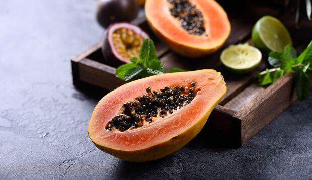 Papaya und Maracujakerne sind gesund