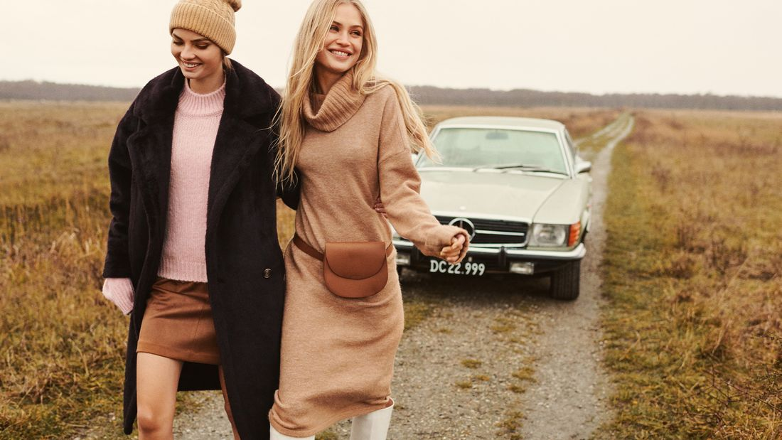 Pullikleider für Frauen im Herbst