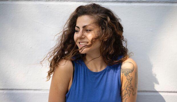 Samira Mousa hat gelernt, trotz MS ein glückliches Leben zu führen