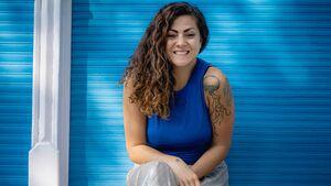 Samira hat gelernt, trotz Mutipler Sklerose eine glückliches Leben zu führen
