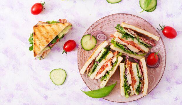 Sandwiches eignen sich fürs Picknick
