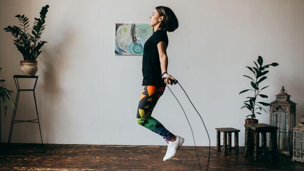 Seilspringen fördert Ausdauer, Koordination und Rhythmusgefühl