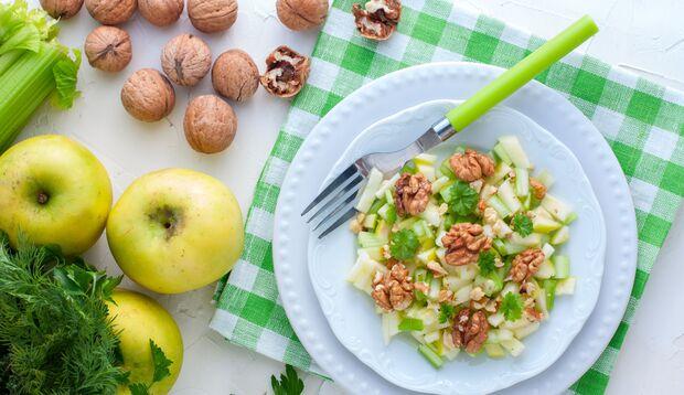 Sellerie schmeckt auch im Salat
