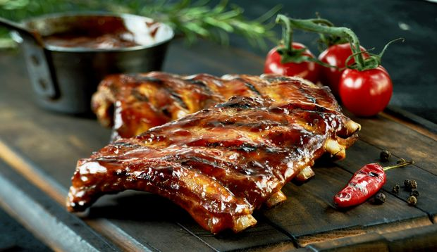 Spareribs all you can eat vom eigenen Grill