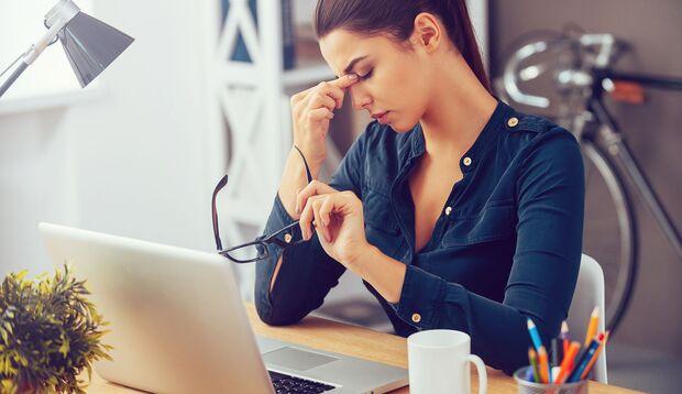 Stress und zu wenig Bewegung können zu Verstopfungen beitragen
