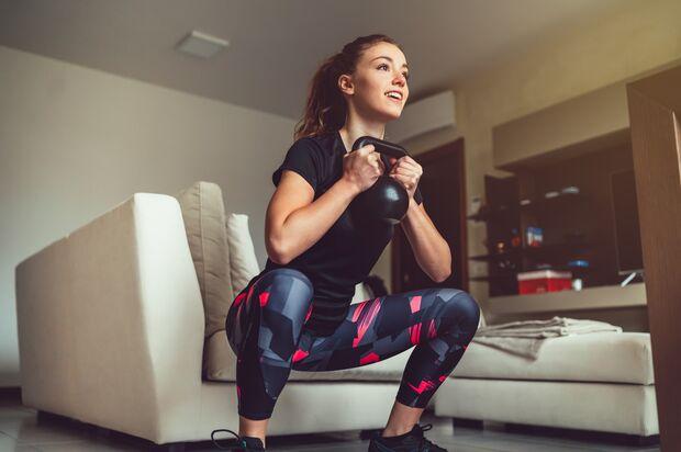 Training mit der Kettlebell beansprucht den gesamten Körper
