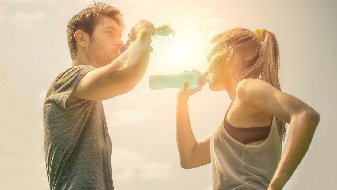 Trinken Sie im Sommer nicht erst wenn Sie Durst haben