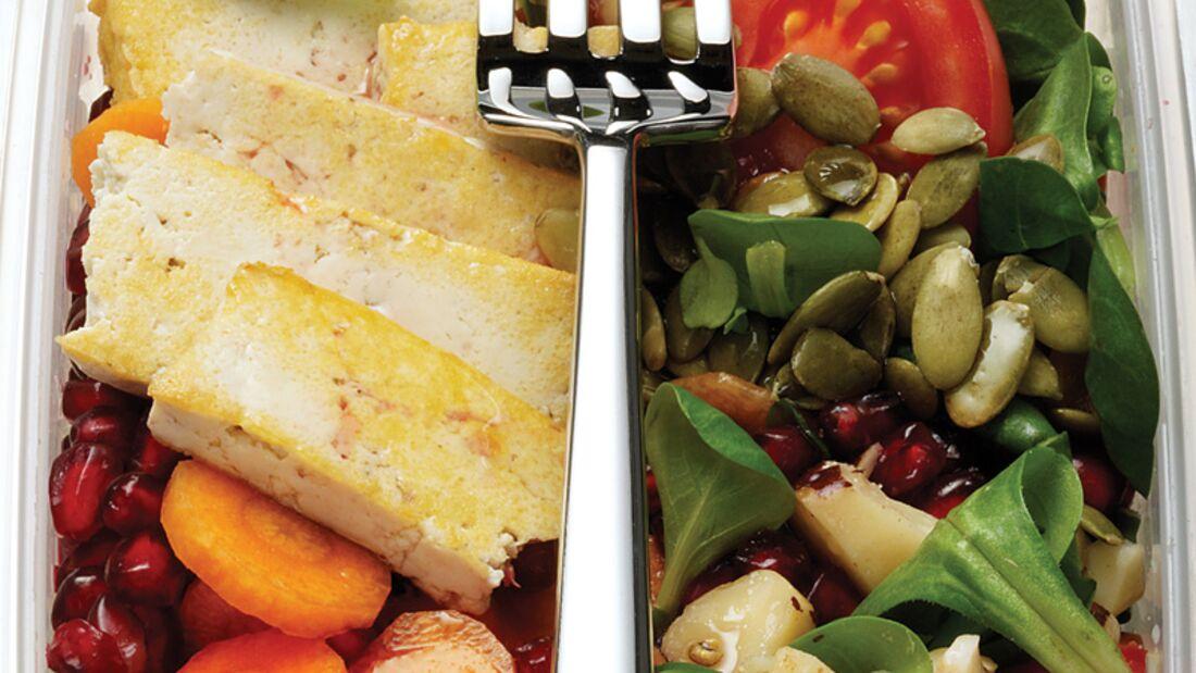Vegetarischer Power-Salat mit Tofu