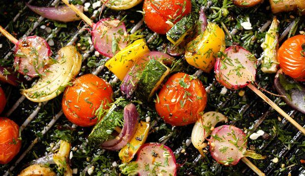Veggie-Grillspieße sind bunt und gesund